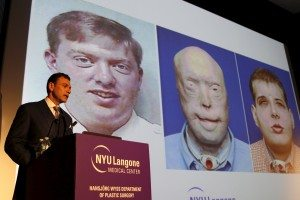 Dr. Eduardo D. Rodriguez holds news conference to announce successful face transplant operation at NYU Langone Medical Center in New York.   REUTERS/Mike Segar