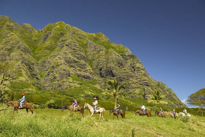Things to do in Oahu: Horse-back riding